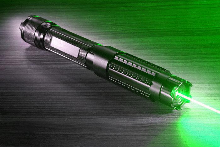meilleur pointeur laser 10000mw pouissant
