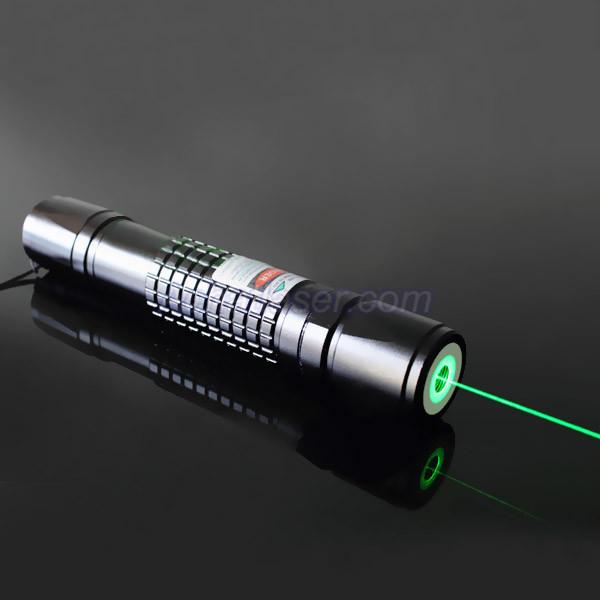 lampe de poche laser vert 100mw au meilleur prix. Black Bedroom Furniture Sets. Home Design Ideas