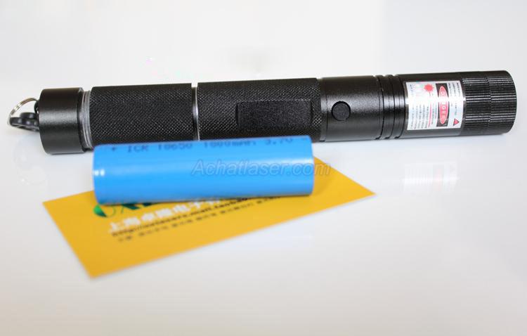Trouver 100mw lampe de poche laser vert - Allumer lampe de poche ...