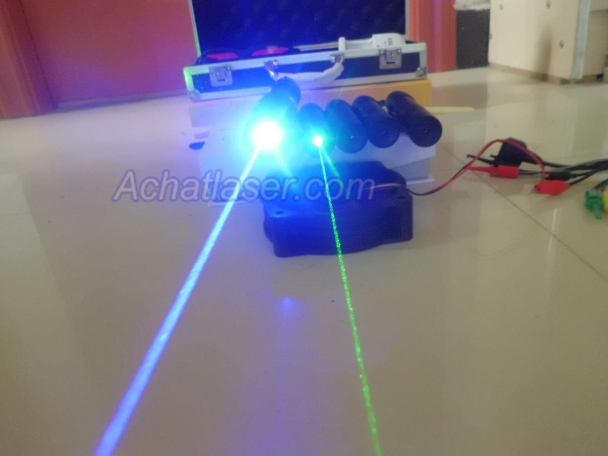 2000mW Pointeur Laser Bleu surpuissant au meilleur prix